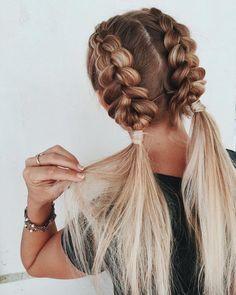 Geflochtene Frisuren - hairbykaitlynbrown - My list of women's hairstyles Box Braids Hairstyles, Summer Hairstyles, Straight Hairstyles, Hairstyle Ideas, Bandana Hairstyles, Waitress Hairstyles, Hair Ideas, Softball Hairstyles, Pretty Hairstyles