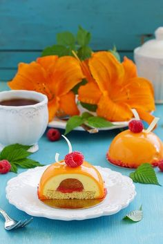 """CAKES ARE RASPBERRY AND APRICOT. - The recipe makes 6 cakes with a diameter of 7 cm. 1.Biscuit """"Mona Lisa"""": - 55 g eggs, - 32 grams of almond flour - 32 grams of sugar (1), - 11 grams of flour, - 9 g of melted butter, - 36 g protein - 5 grams of sugar (2). 2.Raspberry jelly: - 100 g raspberry puree seedless, 18 - full text recipe, visit the website http://recipesworthsharing.com/2015/11/01/cakes-are-raspberry-and-apricot/"""