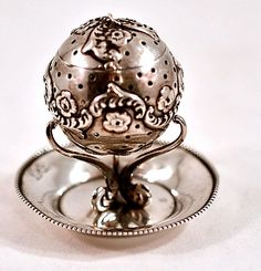 Tea Ball ::Easterbelle's Wonderland Emporium
