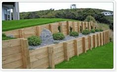 timber look concrete retaining wall