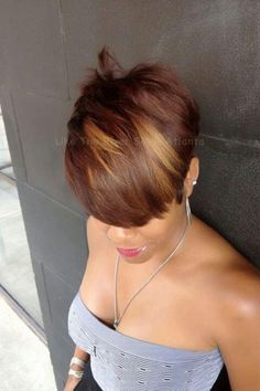 Love her hair color! Love Hair, Great Hair, Gorgeous Hair, Short Sassy Hair, Short Hair Cuts, Short Hair Styles, Pixie Cuts, My Hairstyle, Girl Hairstyles