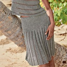 Восхитительная юбка с имитацией складок спицами Очень красивая юбка на гладкой кокетке привлекает внимание фальшивыми складками