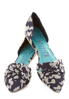 I would love these if only they weren't pointed... Flat's a Wrap in Clouds | Mod Retro Vintage Flats | ModCloth.com
