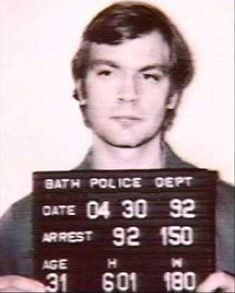 """Mug shots of Jeffrey Dahmer, also known as """"The Milkwaukee Cannibal"""", who murdered 17 men ans boys between 1978 and Serial Friends, John Wayne Gacy, Sympathy For The Devil, Jeffrey Dahmer, Natural Born Killers, Ted Bundy, Criminology, Human Emotions, Serial Killers"""