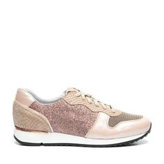 Musthave Manfield Sneakers (Roze) Sneakers van het merk Manfield voor Dames. Uitgevoerd in Roze in Leer.
