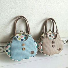 Patchwork Bags, Quilted Bag, Sacs Design, Frame Purse, Diy Purse, Purse Patterns, Fabric Bags, Handmade Bags, Purses And Handbags
