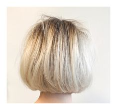 Chin-Length Bob with volume and texture Short Hair With Layers, Short Hair Cuts For Women, Short Hair Styles, Blonde Layers, Chin Length Haircuts, Short Bob Haircuts, Chin Length Bob, Textured Bob Hairstyles, Blonde Bob Hairstyles