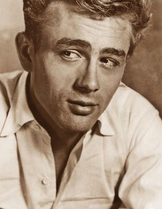 James Dean ... So good looking! #Hollywood #Icon