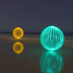 Denis Smith / Ball of light (no digital manipulation)