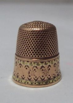 Antique-10K-Yellow-amp-Rose-Gold-Thimble-Size-8-Anchor-Mark-Monogrammed