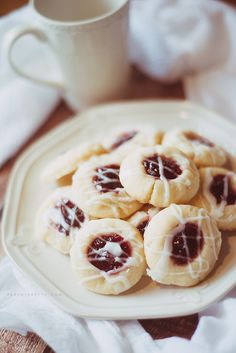 Raspberry almond shortbread cookies
