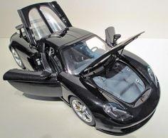 Tamiya Porsche Carrera GT  - 1/12 scale