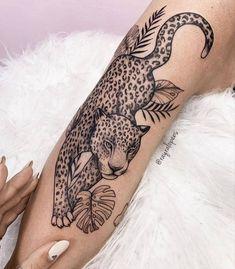Hip Tattoos Women, Dope Tattoos, Pretty Tattoos, Girl Arm Tattoos, Leg Tattoos, Beautiful Tattoos, Body Art Tattoos, Sleeve Tattoos, Dainty Tattoos