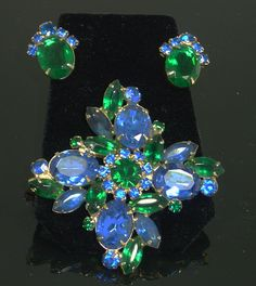 Unsigned Juliana Blue and Green Brooch Set