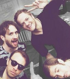 Imagine Dragons.. OMG. The band selfie award goes to: Imagine Dragons!