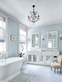 Gorgeous 78 Amazing Blue Hued Bathroom Remodel Ideas https://homeastern.com/2017/07/11/78-amazing-blue-hued-bathroom-remodel-ideas/