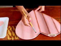 Pallet de Coração - Arte Fácil - YouTube Vintage Embroidery, Embroidery Patterns, Pallet, Decoupage Art, Chicken Breeds, Cookie Jars, Woodworking Tools, Youtube, Wild Birds
