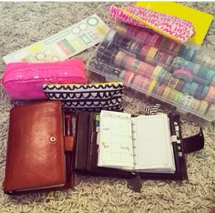 All that washi! I'm in love! And those filos!