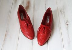 SIZE 10AA Vintage Retro Preppy Lipstick Red Leather by 601VINTAGE, $65.00
