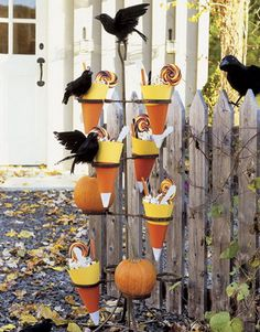 Fun Halloween & Fall Decorating Ideas_01