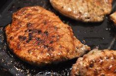 Gyorsan pácolt fűszeres sertéscomb, a férjek kedvence! Nem csoda, hiszen fantasztikus étel! - Ketkes.com Steak, Bbq, Pork, Cooking, Recipes, Cilantro, Barbecue, Kale Stir Fry, Kitchen