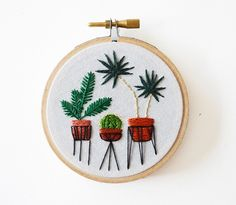 Afterreceivinga BFA from the School of the Art Institute of Chicago and without an income, stitch artist Sarah K. Benning decided to set up shop on Etsy,