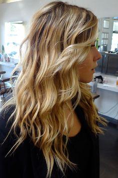 Lange Frisuren für runde Gesichter