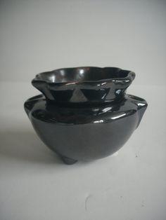 African Violet pot, small for starter, self watering, dark bronze glaze