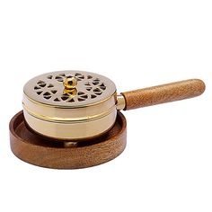 ein ideales Tischräuchergefäß  Räuchergefäße werden bei Gebrauch sehr heiß, darum haben wir diese Modell nun mit einem Holzstiel und einem dazu passenden Untersetzer versehen. Nicht nur sehr praktisch, sondern auch sehr schön. Messing, Coasters, Model, Nice Asses