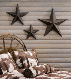 Wooden Star Wall Decor great place for metal stars & other fun stuff www.jollieprimitives