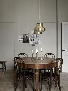Industrial Dining Room with a Contemporary Twist on a Rustic Design Kitchen Interior, Interior Styling, Living Room Interior, House Interior, Dining Room Decor, Dining Room Industrial, Dining Room Inspiration, Interior Design Living Room, Vintage Dining Room