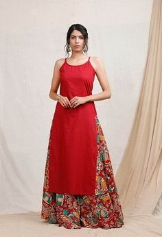 Silk Kurti Designs, Simple Kurta Designs, Kurta Designs Women, Kurti Designs Party Wear, Stylish Dress Designs, Designs For Dresses, Stylish Dresses, Salwar Designs, Casual Indian Fashion