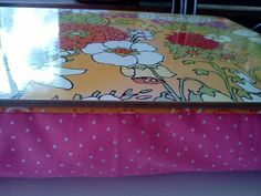 Brassy Apple: Lap Desk Tutorial - with guest Pleased as Punch Lap Table, Lap Desk, Craft Projects, Sewing Projects, Craft Ideas, Sewing Ideas, Sewing Tutorials, Sewing Patterns, Learn To Sew