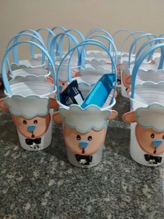 Lembrancinhas de páscoa. Créditos Gianine Guimarães. www.facebook.com/ateliedagibiscuit Bible Crafts For Kids, Easter Crafts For Kids, Art For Kids, Activities For Kids, Sundae Kids, Pastor Appreciation Day, Butterfly Party Favors, Ramadan Crafts, Christian Crafts