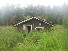 Abandoned Alaskan cabin, Bettles AK