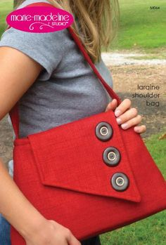 Roomy shoulder bag has lots of room and lots of unique style! Pick some vintage buttons to make a fashion statement! | Vintage | Pinterest | Shoulder bags, Bag…
