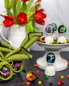 DIY Chalkboard eggs are the perfect craft for birthday parties, Easter egg hunts. They make the cutest accents for your tablescapes. Visit www.jdubbydesign.com for more DIY's, recipes, and decor inspiration. easter ideas easter decor crafts decorations for easter easter crafts for kids fun easter ideas for kids kids easter ideas kid easter crafts decorating for spring diy decor spring spring decor diy activities for kids crafts for kids party ideas birthday Easter Crafts For Kids, Easter Decor, Easter Ideas, Salad With Balsamic Dressing, Egg Decorating, Holiday Decorating, Diy Chalkboard, Coloring Easter Eggs, Easter Colors