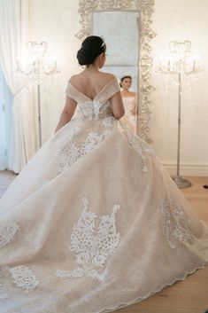 real wedding photo from eddie zaratsian lifestyle and design event bride in panache atelier by sahar fotouhi wedding dress ball gown back with off shoulder straps Ball Dresses, Ball Gowns, Luxury Wedding, Real Weddings, Wedding Gowns, Wedding Planning, Wedding Inspiration, Couture, Bride
