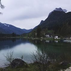 Beautiful hidden lake #mountains #lake #forrest #hiking #sky #evening #mirror #Alps #bavaria #berchtesgaden #hintersee #germany #travel