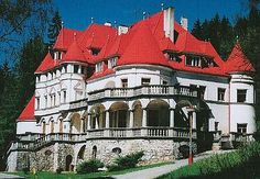 4 visitors have checked in at Rajecké Teplice. Under The Tuscan Sun, Heart Of Europe, Grand Homes, Beautiful Castles, Next Holiday, Central Europe, Bratislava, Old Buildings, Kirchen