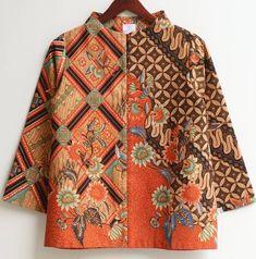 Batik Blazer, Blouse Batik, Batik Dress, Beautiful Blouses, Beautiful Outfits, Mode Batik, Batik Kebaya, Batik Pattern, Batik Fashion
