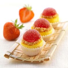 Mini cheesecake alle fragole di Montersino