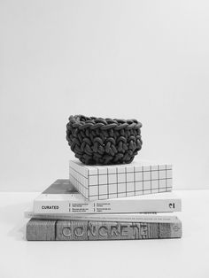 crocheted rubber bowls / black