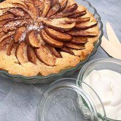 Nem æbletærte | Mummum.dk Apple Pie, Quiche, Breakfast, Desserts, Food, Tarts, Creme, Morning Coffee, Tailgate Desserts
