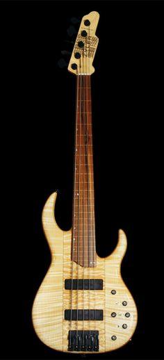 James Tyler Guitars Bass 5str Hippie Sandwich
