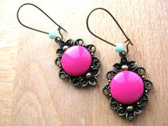 Fuschia & Mint  earrings van KikiBelgium op Etsy, €10,30
