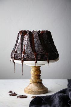 Simple Chocolate Bundt Cake - Wife Mama Foodie National Chocolate Cake Day, Chocolate Bundt Cake, Chocolate Glaze, Mini Chocolate Chips, Canned Coconut Milk, Coconut Sugar, Vegetarian Chocolate, Vegan Chocolate, Gluten Free Thanksgiving