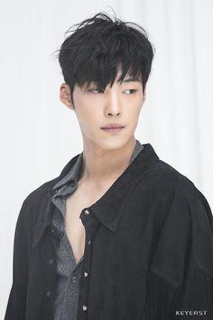 Woo Do Hwan [Vogue 2017]
