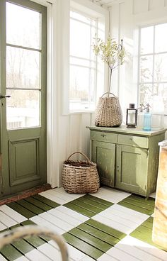 Fab floor for mudroom or breezeway - the painted floor to create a vintage house look Painted Floors, Painted Furniture, Painted Floorboards, Green Furniture, Vintage Furniture, Modern Furniture, Furniture Design, Sweet Home, Vibeke Design
