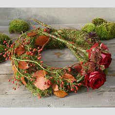Grafwerk GR31 Wreaths And Garlands, Fall Wreaths, Christmas Wreaths, Funeral Flower Arrangements, Funeral Flowers, Grave Decorations, Flower Decorations, Sympathy Flowers, Flowers